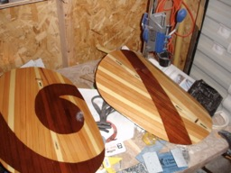 The hatches are varnished.